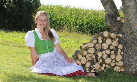 Kleine Zeitung Bad Aussee by Klagenfurt Bad Aussee Rosentalerin Will Narzissenk 246 Nigin