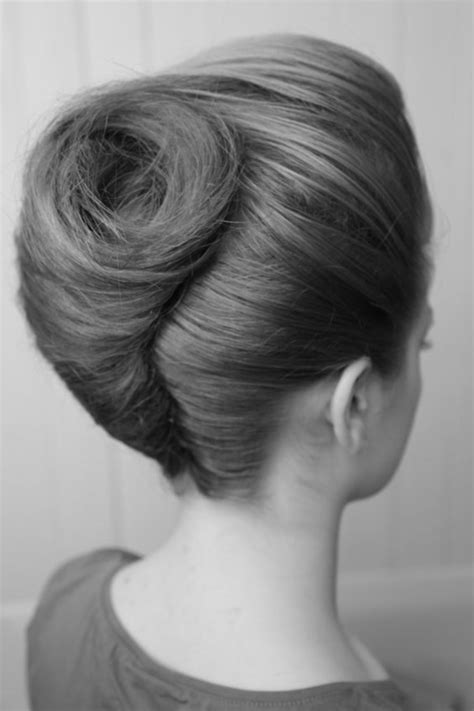 pictures of 1960 buffant updo 85 stunning bouffant updo hairstyles for this christmas