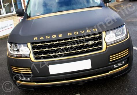 wrapped range rover evoque shiny black and gold cars black matt range rover vogue