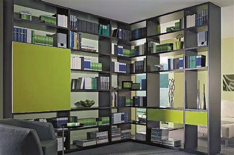 layout ruangan seminar rak buku unik pelengkap ruangan