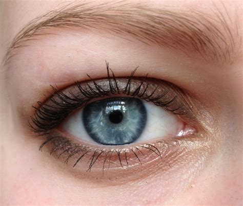 blue green eye color what eye color is more dominant green or blue