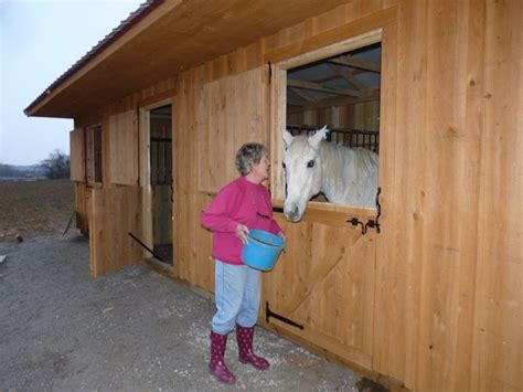 horse barns  stalls  sale nashville tennessee small horse barn manufacturer  dickson