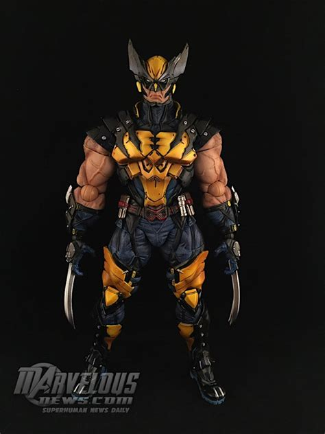 Wolverine From Square play arts marvel variant wolverine figure review