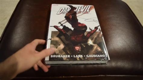 daredevil by ed brubaker omnibus vol i the m0vie blog daredevil omnibus brubaker lark vol 1 unboxing youtube
