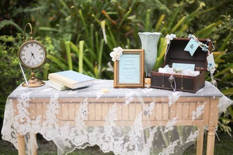 Vintage wedding guest sign in table   My wedding