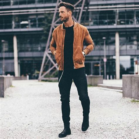 How To Buy A Leather by How To Buy And Wear A Leather Jacket For The Idle