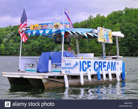 the quot ice cream float quot a boat selling ice cream on smith - Float A Boat