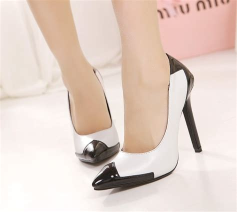 trendsepatupria black and white heeled shoes images