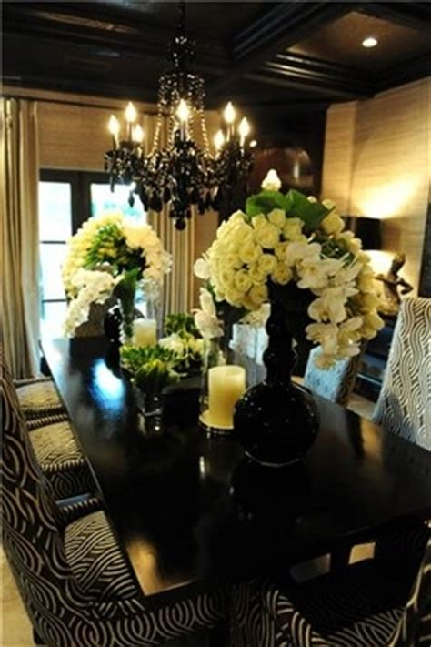 kris jenner living room kris jenner dining room kris jenner house floral arrangements dinner room and