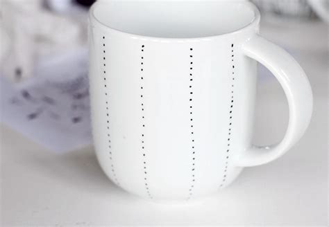 Decorate A Coffee Mug by How To Decorate A Coffee Mug Using A Porcelain Marker