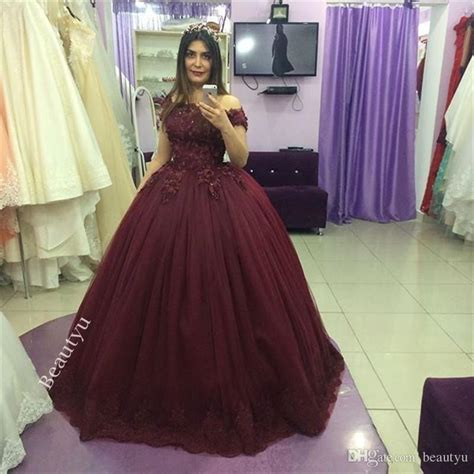 Burgundy Ball Gown Quinceanera Dresses Vintage Lace 3D Floral Appliques Tulle Puffy Sweet 16