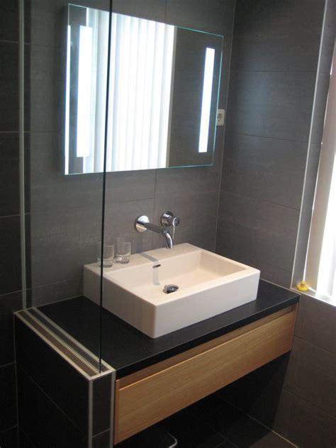 badkamer showroom delft badkamers delft bakker tegels badkamers