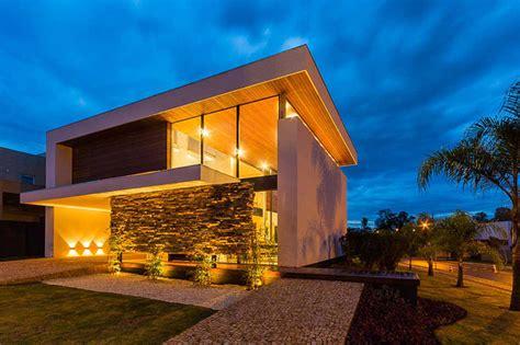 brazilian home design trends casa moderna e com decora 231 227 o elegante por spagnuolo