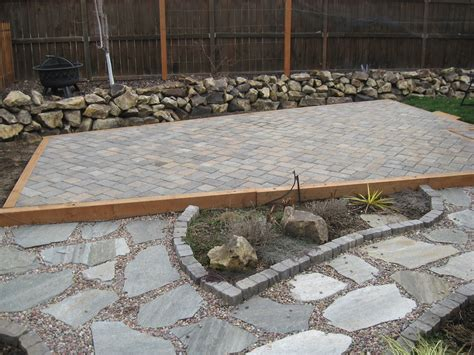 dwell concepts paver patio