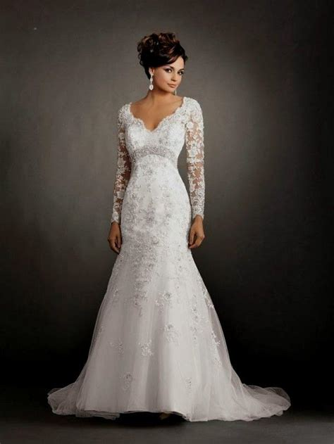 long sleeve mermaid wedding dress