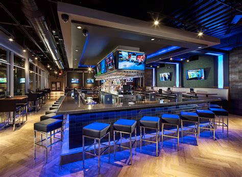 top golf bar parties and events topgolf webster