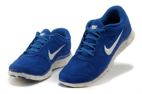 white and blue nike running shoes nike running shoes pink and blue www pixshark