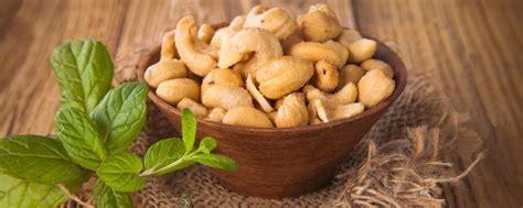 Kacang Mede Mete Mente Goreng Tepung Bumbu Manis Pedas 500gr P jual kacang mete goreng jual kacang mete mentah melayani se indonesia