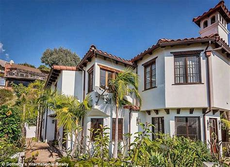 Spanish House Style Nick Jonas Sells Hills Mansion For 3 4m Making
