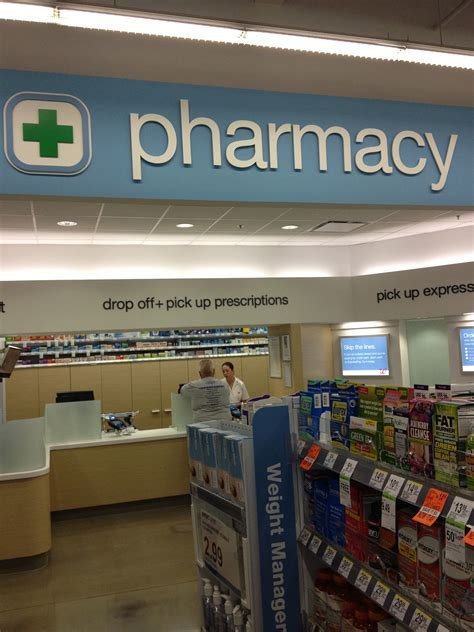 Walgreens Pharmacy by Walgreens Pharmacy Counter Walgreens Opens Decked Out