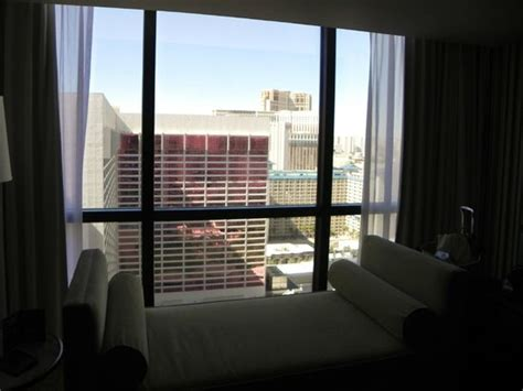 high roller room high roller view go room gets a claustrophobic picture of flamingo las vegas hotel