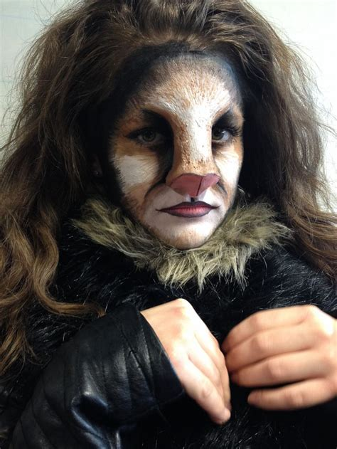 Nose Up Pemancung Hidung Look At Trade look like a fancy feline with this sfx look meow mua izzi oliver model frances luck