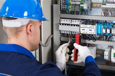 formazione pes pav corso di formazione per gli addetti ai lavori elettrici