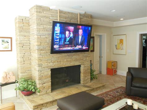 flat screen tv mounted fireplace flat screen tv on wall fireplace www pixshark