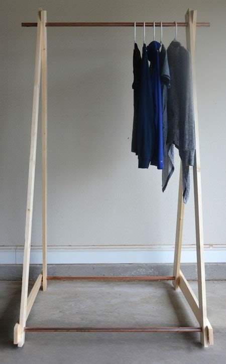Clothing Rack Diy by Diy Copper Clothing Rack Two Thirty Five Designs