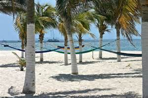 Vacation Homes For Rent In Mexico - isla beaches are some of the nicest in riviera maya