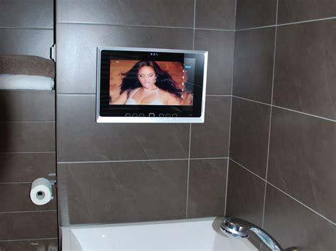 badezimmer tv badezimmer fernseher ideen design ideen