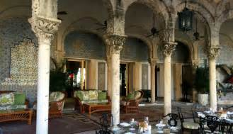 inside mara lago a look inside mar a lago donald trump s lavish palm