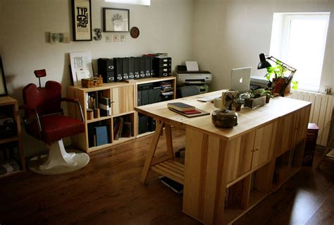the home office studio of one of my favorite graphic