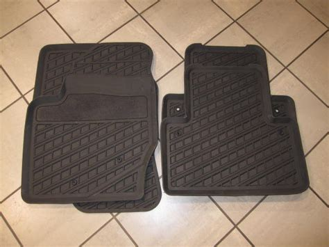 genuine volvo winter rubber floor mats 2004 5 newer