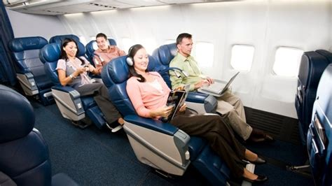 comfort plus services delta airlines updating services between new york and los