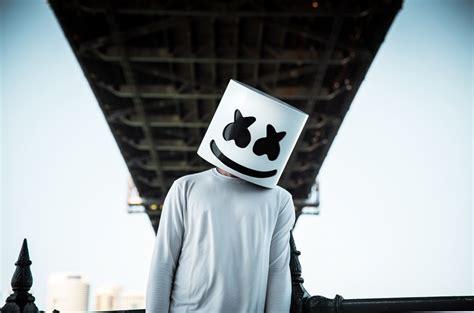 dj tiesto honey marshmello removes mask you won t believe who s beneath