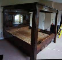 Canopy Waterbeds Transport A King Size Canopy Waterbed W Glass Mirrors To