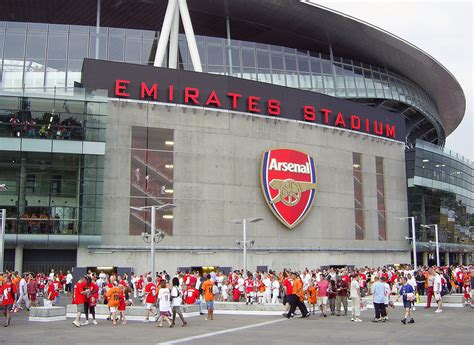arsenal home ground file emirates stadionin etupuoli jpg wikimedia commons