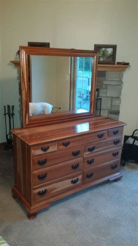 i a sterling house 9 drawer dresser w large mirror