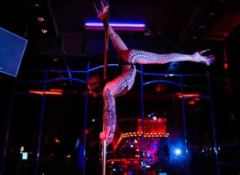 cara membuat novel pink berry club strip club guide 2014 our favorite clubs from a to z