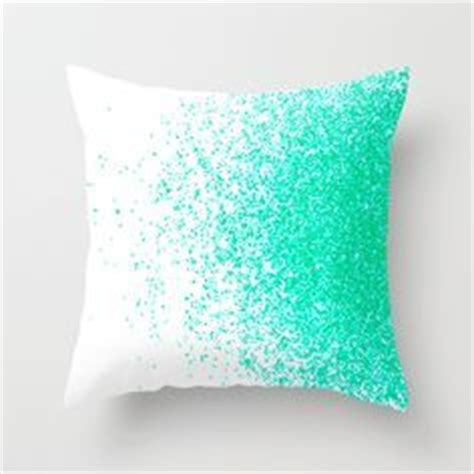cute bed pillows best 25 cute pillows ideas on pinterest