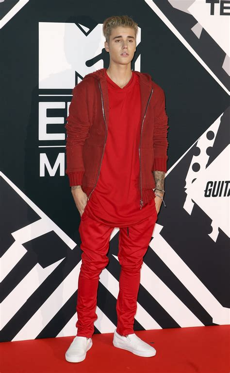 Swag Hits The Mtv Europe Awards by Mtv Ema 2015 Winners List Justin Bieber Ed Sheeran And