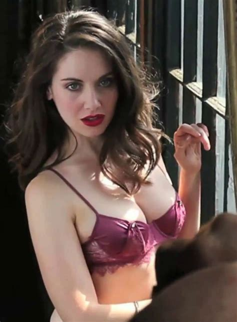 Amber Ls Meme - 15 pictures of alison brie hot sexy and near nude