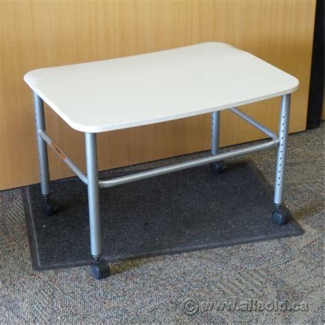 Herman Miller Resolve Adjustable Height Rolling Side Table Herman Miller Adjustable Height Desk