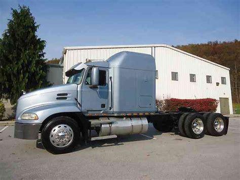 Mack Truck Sleeper by Mack Cx613 2000 Sleeper Semi Trucks
