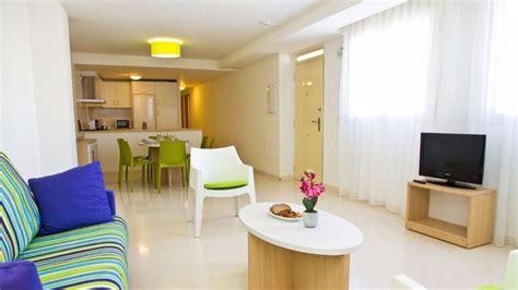 webs pisos alquiler airbnb mantiene sus anuncios de alquileres en pisos y