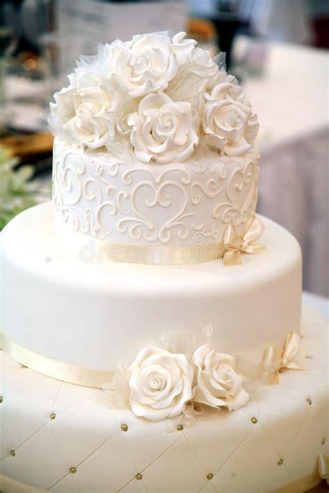 free download mp3 darso caka bodas wedding cake royalty free stock image image 14377976