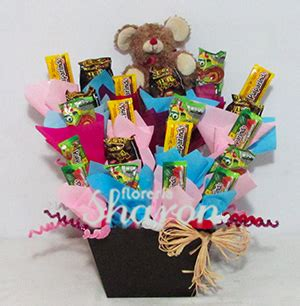 como hacer arreglos para mesa de dulces arreglo de dulces picosos diablito florerias df
