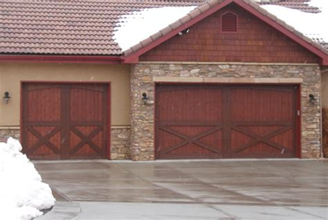 barn style garage doors 10 garage door trends of 2016 homedecorxp