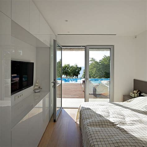 beautiful white bedroom beautiful white bedroom design decoist
